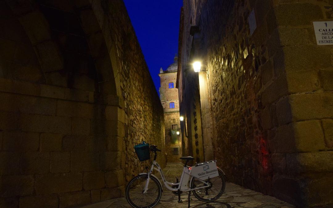 Turismo: Ruta en Bicicleta Eléctrica por escenarios de cine en Cáceres