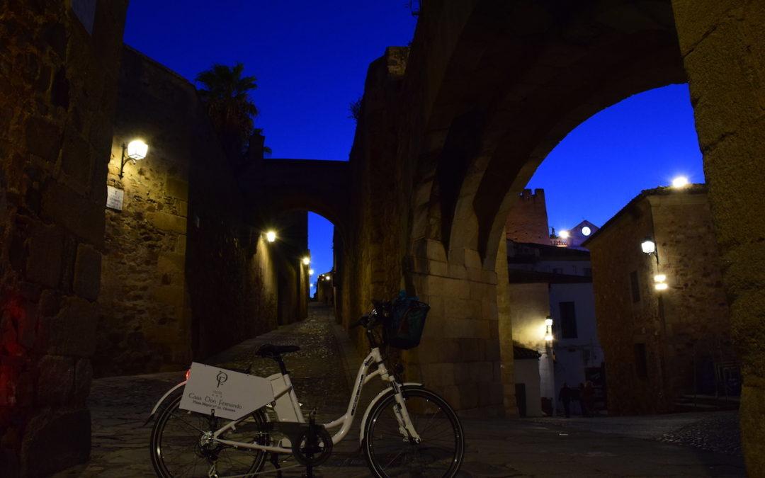 Qué hacer en Cáceres por la noche en verano.